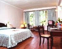 Guest Room-Oak Fields, Munnar
